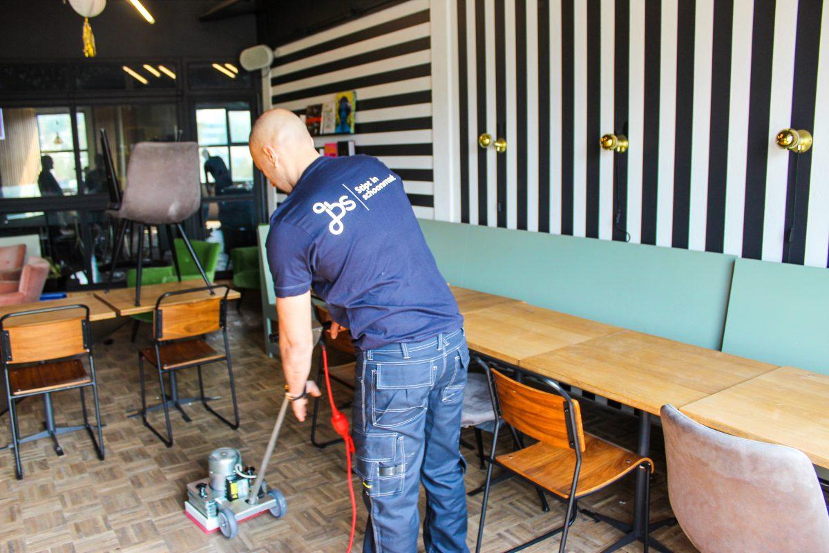 Schoonmaak: specialistisch onderhoud van oa vloeren